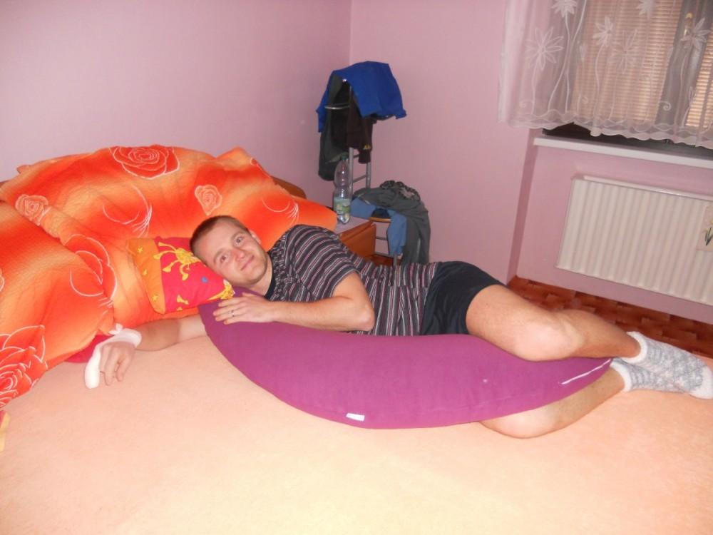 Tomáš - Kojící polštář Matýsek, fialový fleece