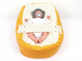 Pelíšek pro miminko ORANŽOVÁ SRDÍČKA, 100% bavlna