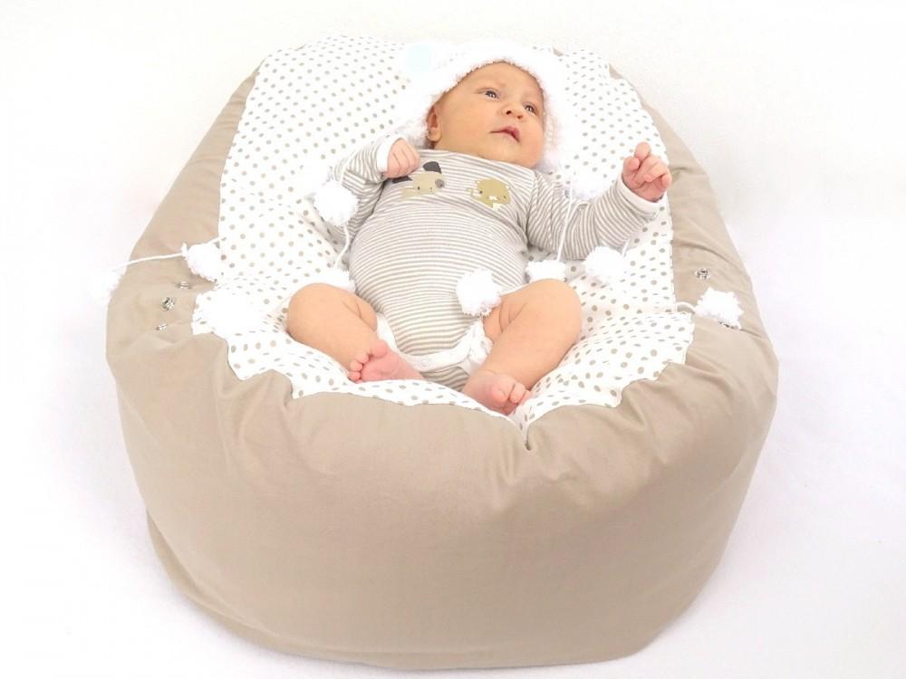 Polohování a stimulace miminka