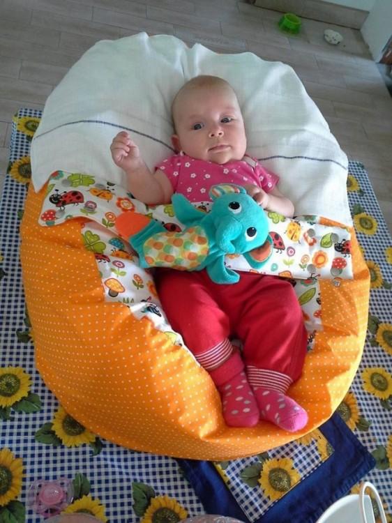 Jana - pelíšek pro miminko Matýsek, beruška oranžová
