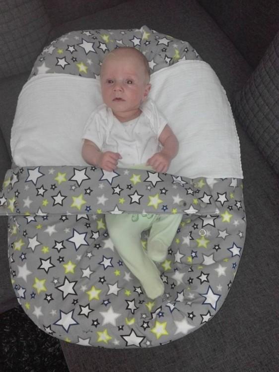 Tomík - Pelíšek pro miminko, hvězdy šedé