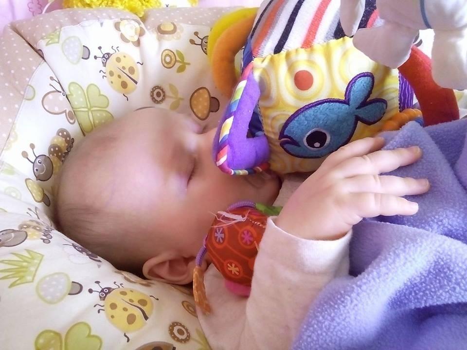 Patricie - pelíšek pro miminko, Beruška béžová
