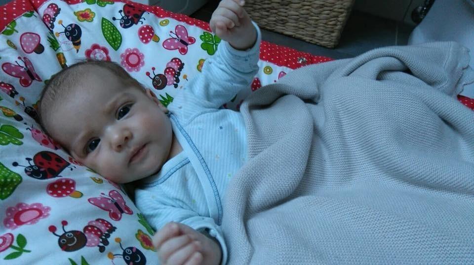 Barbora - pelíšek pro miminko, beruška červená
