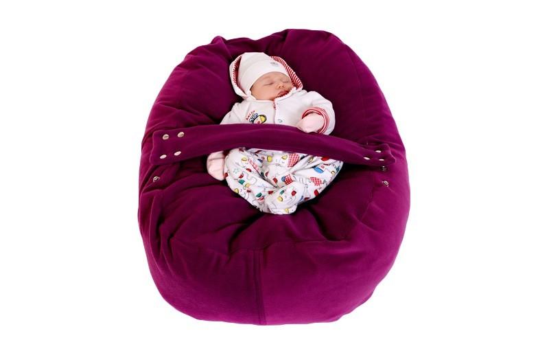 Pelíšek pro miminko Matýsek, jako umělá děloha.